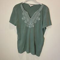 Lucky Brand Women's Size Large Top Short Sleeve Embroidered V-Neck Green Top
