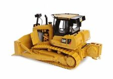 New 1/24 scale CCM presision scale Caterpillar D-7 E Die-cast; model with Winch