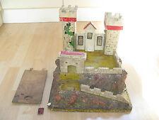 Pezzo da museo Retro Vecchio Vintage Antico Castello Giocattolo