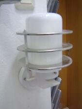 Dekorative Wandleuchte weiß mit Spiegellamellen max. 100W IP43