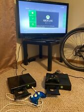 2 Microsoft Xbox 360 consoles with 8 games and 2 controllers Everything works