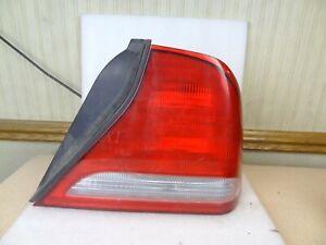 04 05 06 Suzuki Verona Right Passenger Taillight