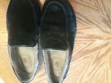 UGG slippers, mens size 10