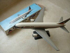 Delta Airlines 767 Jet IMC Modelworks Holland Original Box