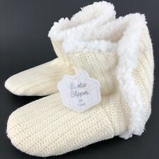 Womens Bootie Slippers Size S/M Fits 6-7.5 Cream Cable Knit Pull On FuzzyInside