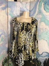 SERENADE JUNIORS PLUS 2X BLACK FLORAL CRINKLED BUTTON DOWN 3/4 SLEEVE TUNIC TOP
