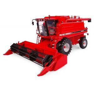 Universal Hobbies Case IH 2188 Combine Harvester