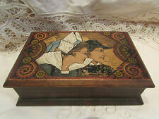ancienne boite coffret bijoux pyrogravé breton bretonne signée yvon epoque 1930