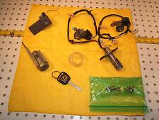 Lexus 1994 ES300 doors/glove B/ trunk / igintion/dash locks 1 SET & Remote 1 key