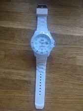 Men Or Women's Unisex Ice Watch In White Silicone Strap
