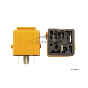One New Bosch Fuel Pump Relay 0332019456 61311373585 for BMW