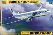 Zvezda 7019 1/144 Boeing 737-800 Plastic Model Kit