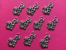 Tibetan Silver Dragon Chinois Charms - 10 par paquet