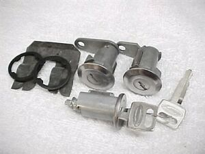 New Door And Ignition Lock Set With Keys Freightliner & Ford Sterling Truck