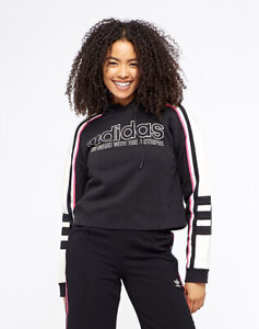 Adidas Sweatshirt Pullover Hoodie Cropped Size Medium The Brand With 3 Stripes