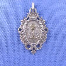 Belle médaille religieuse argent calice communion . pendentif medal silver