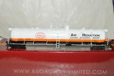 HO scale Broadway Limited Imports Airco Air Reduction cryogenic tank car train