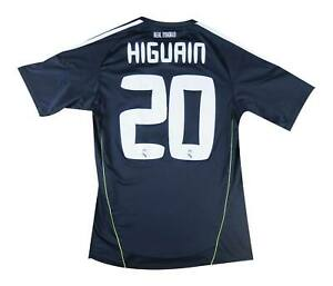 Real Madrid 2010-11 Authentic Away Shirt Higuain #20 (Excellent) S Soccer Jersey