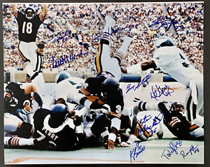 1985 Chicago Bears Signed 16x20 Walter Payton Photo Autographed by 10 MM COA
