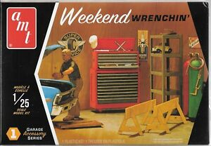 AMT Weekend Wrenchin'Gargae Rangement Équipement & Outils Plus Figure 1/25 PP15