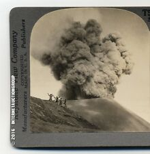 A VOLCANIC ERUPTION IN JAVA, INDONESIA STEREOVIEW