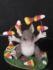Charming Tails Silvestri Look No Hands Mouse Candy Corn