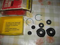 TRIUMPH VITESSE 1600 & GT6 & FORD ANGLIA - REAR WHEEL CYLINDER SEAL REPAIR KIT