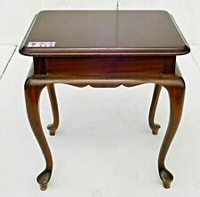 Miniature Mahogany Elegant Side Table! (BLB221)