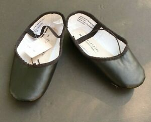 Ballet Slippers Danskin Kids Size 2