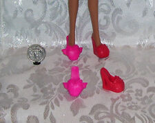 New MONSTER HIGH SLIPPERS GOTH GOOF ERROR SHOES LOT 2 PAIRS ALSO FITS STARDOLLS