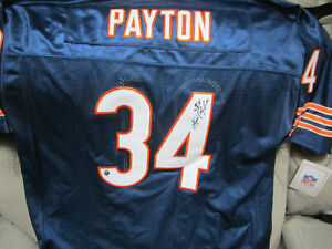 WALTER PAYTON AUTOGRAPHED MITCHELL AND NESS THROWBACK JERSEY W/COA  BEARS