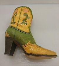 Céramique Femme Cowgirl Boot-beau design détail avec coeurs, free p&p
