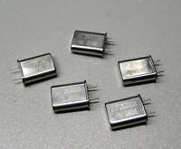 5 Stück 20.250000 MHz  Quarze / Bauform HC-49/U (M8633)