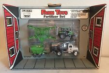 1/64 Deutz Allis 6260 Tractor Fertilizer Set in Barn Box by ERTL New in Package