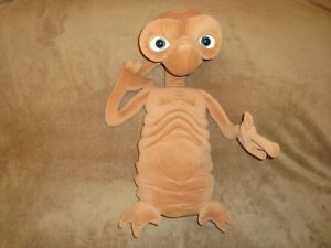"""E.T. The Extra Terrestrial Toys R Us Exclusive Talking Light up 24"""" Tall Plush"""