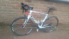 cube attain pro road bike with carbon forks 58cm frame 700c wheels 2016 model