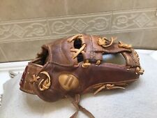 "Nokona AMG-1175 11.75"" Kangaroo Baseball Infielder's Glove Right Hand Throw"