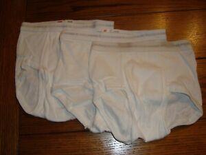 3 Vintage Boys Hanes White Brief Underwear - 3 Stripes Waistband Size 10 - NOS