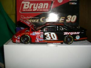 1/24 Action 1999 nascar Pontiac #30 Derricke Cope Bryan