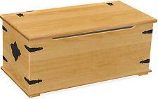 Truhen und Kisten aus Kiefer