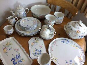 villeroy boch riviera Teapot, Cups, Serving Bowls Plates