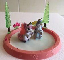 🌈2 Stück Eislauf Filly Pferdchen mit Eislaufbahn zum spielen und sammeln.