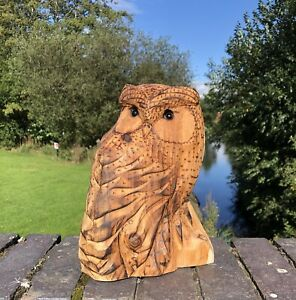 Bespoke Chainsaw Owl Carvings In Wood 131301FF13
