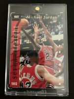 MICHAEL JORDAN 1993-94 Upper Deck Scoring Titles SP Insert W/ Wilt Chicago Bulls