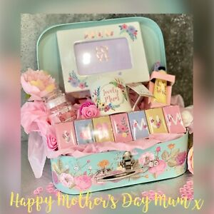 GIFT FOR MOTHERS DAY LUXURY GIFT VINTAGE HAMPER SUITCASE MUM, MOTHER MUMMY 🌸