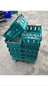 150 X Small Bail Arm Crates & 5 single dolly wheels 40x30x16cm