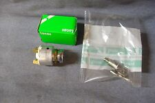 NEW AUSTIN MINI  1962 - 1969 LUCAS IGNITION STARTER SWITCH + BARREL AND KEYS