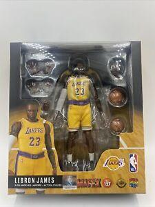 MEDICOM MAFEX 1/12 No.127 - NBA Lakers LeBron James NIB US Seller INSTOCK