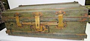 1900 ANTIQUE IRON TRUNK NOSTALGIC TRAVELLING BOX ILLEGIBLE MARK INDIA