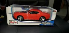 Maisto 1:18 2006 dodge challenger concept car new in box